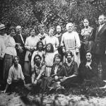 [:uk]Працівники народної консерваторії в Києві, 1919 р. (перший справа – Григорій Вірьовка)[:]